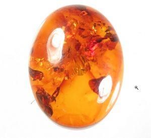 Amber birthstone of leo